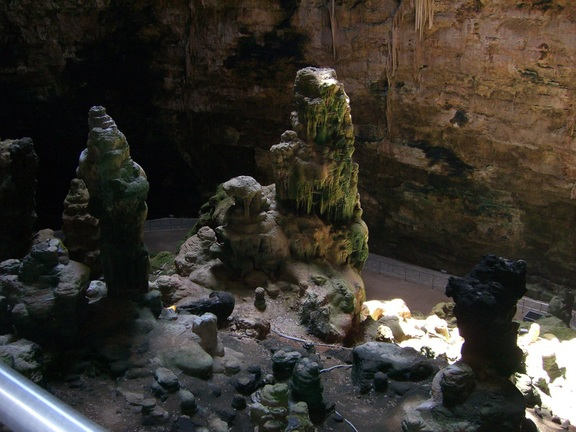 Formationen in der Höhle