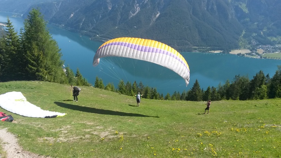 Abflug des Paragliders