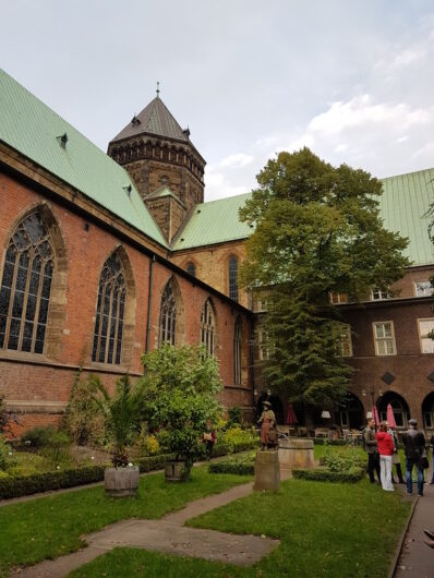Bibelgarten neben dem Bremer Dom St. Petri