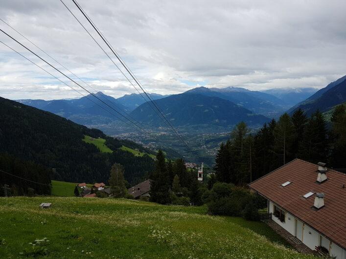 die Verdinser Seilbahn kurz vor der Bergstation in Oberkirn