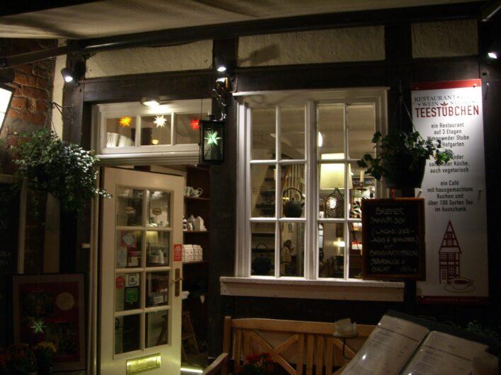 Café und Restaurant Teestübchen in einem kleinen Fachwerkhaus im Bremer Schnoorviertel