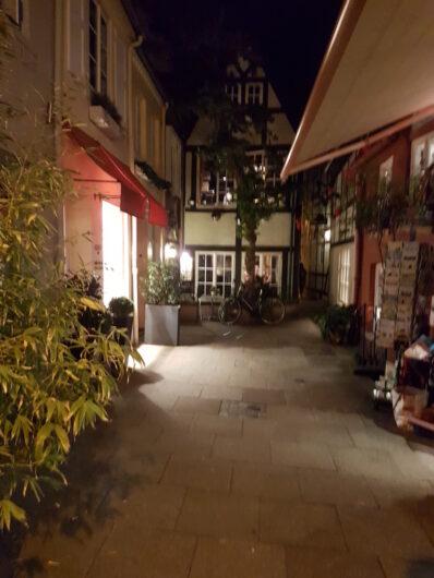 Häusschen an einem kleine Platz im Bremer Schnoorviertel