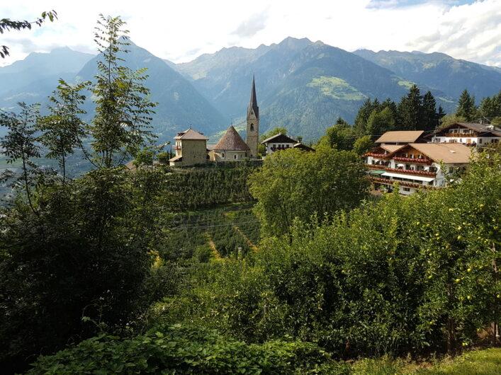 Ausblick auf die Rundkirche von St. Georgen