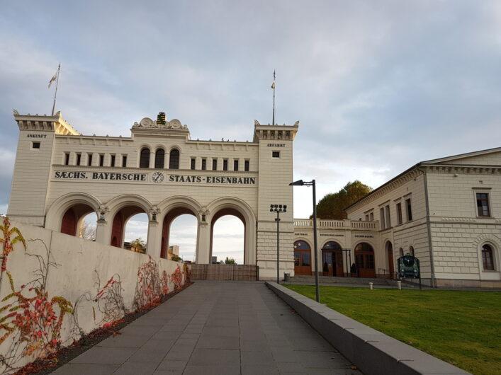 das Gebäude des Gasthauses Bayrischer Bahnhof in Leipzig
