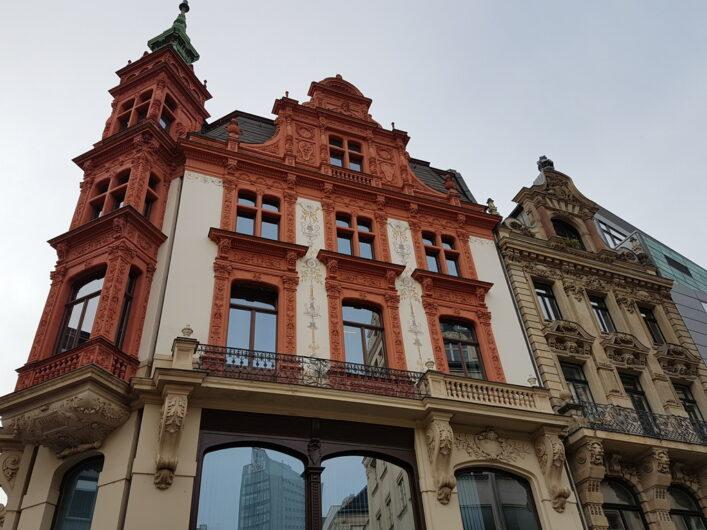 schön verzierte Stuckfassade in Leipzig