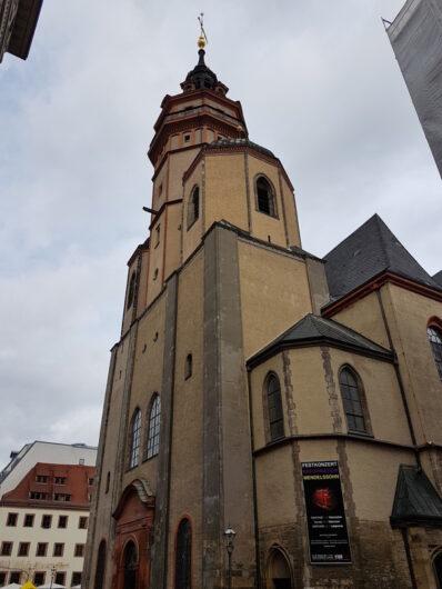 der Eingangsbereich der Nikolaikirche in Leipzig
