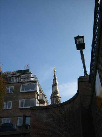 gedrehte Kirche