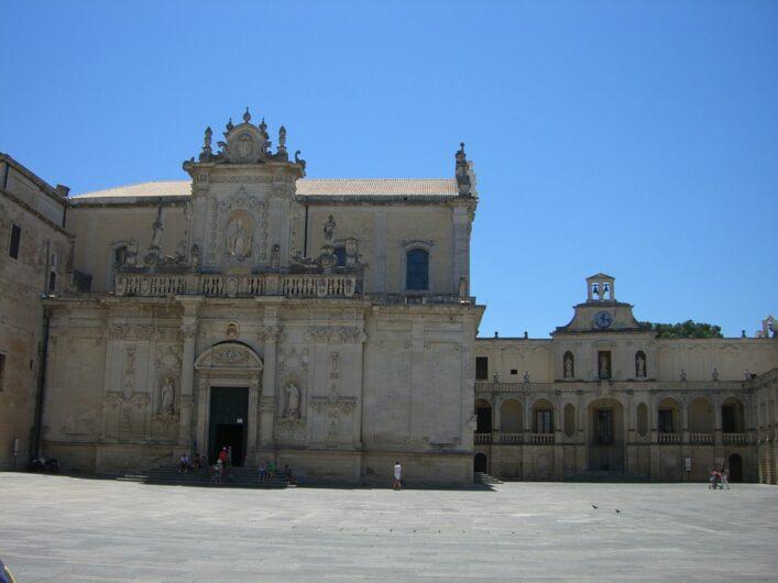 Platz vor dem Dom in Lecce