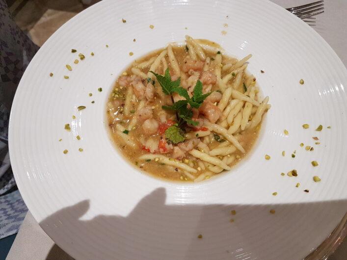 Nudeln mit Garnelen als Primo Piatto beim Dinner