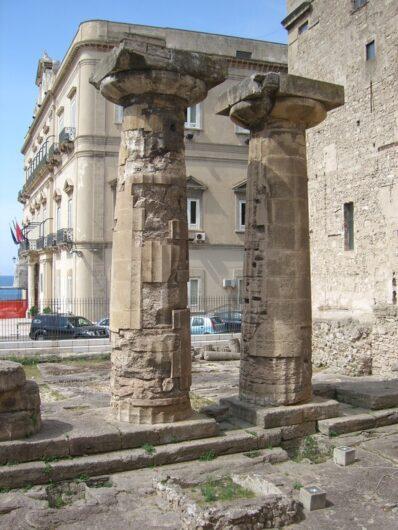 Säulen des Poseidontempels in Taranto