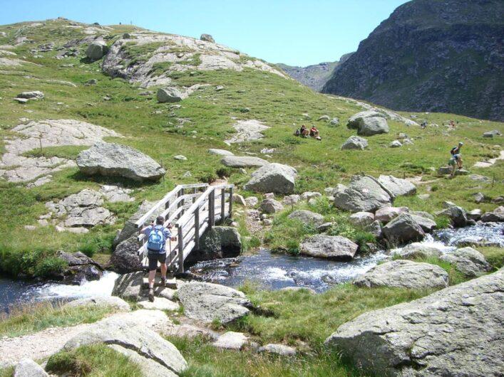 Brücke über einen Bergbach bei der Oberkaseralm