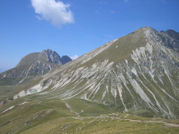 Ausblick auf die Bergwelt auf Meran 2000