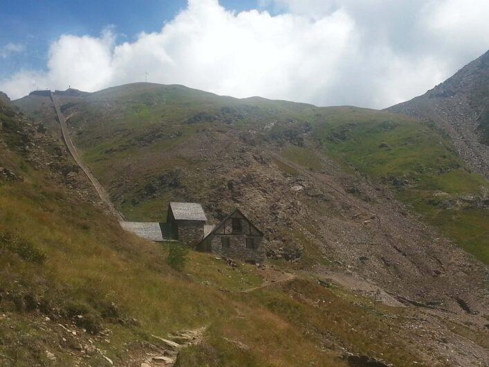 Anstieg von Seemos zum Erlebnisbergwerk Schneeberg