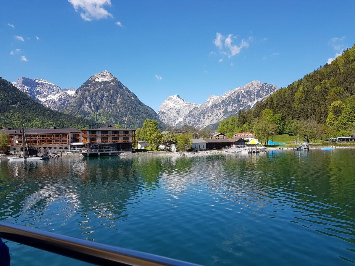 Blick zurück auf Pertisau und das Karwendel