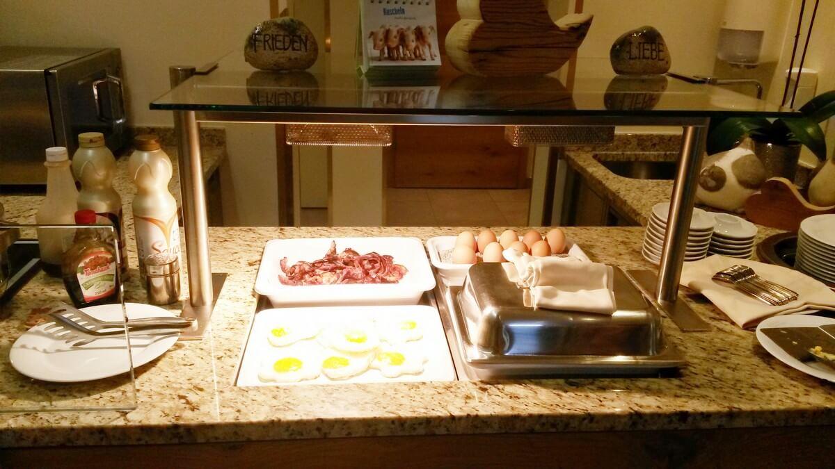 Frühstückseier auf dem Buffet