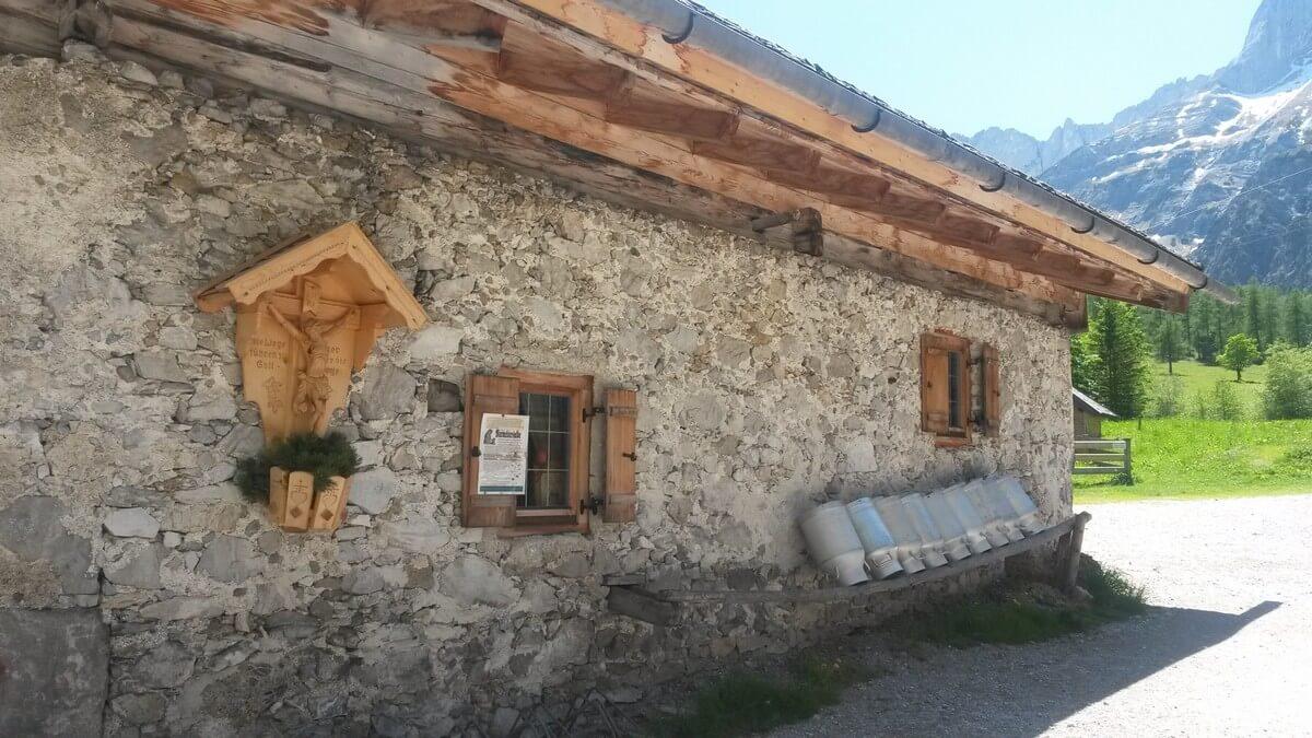 urige Hütte der Kasalm bei der Gramaialm