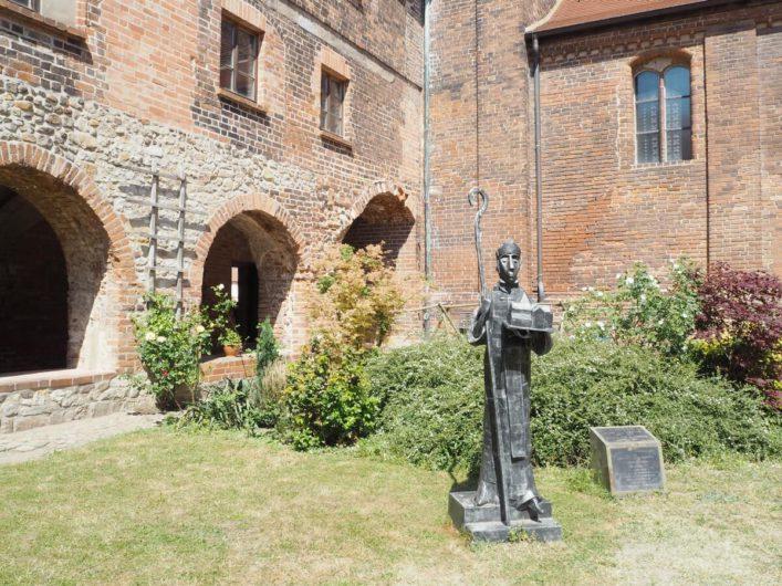 im Innenhof des Kloster Jerichow