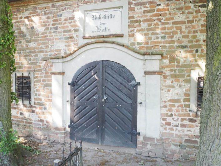 Eingang zur Grablege der Familie von Katte in Wust
