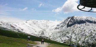 Schnee im Sommer auf Meran 2000