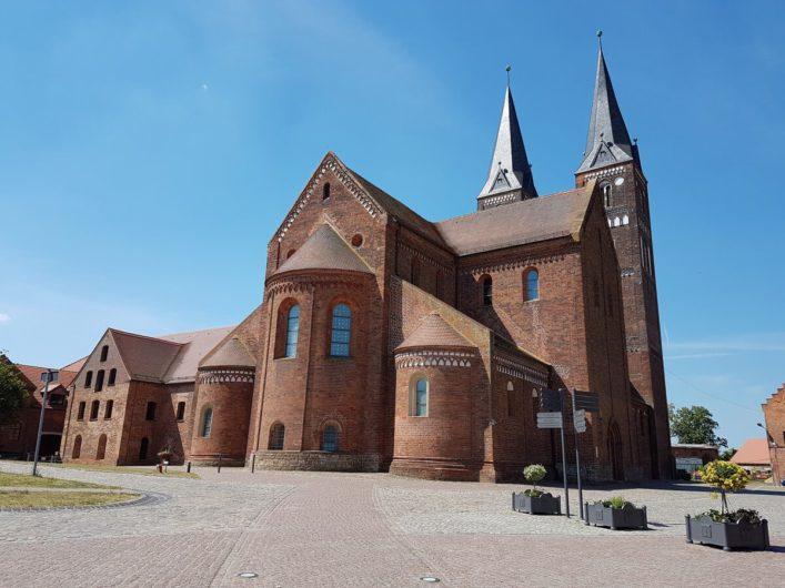 Rückansicht von Kloster Jerichow im Elb-Havel-Winkel
