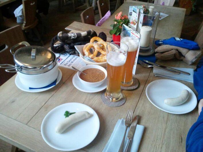 Weißwurst zum Frühstück beim Pschorr am Viktualienmarkt