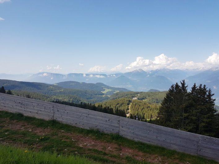 Blick von der Bergstation Meran 2000 Richtung Ortlergruppe