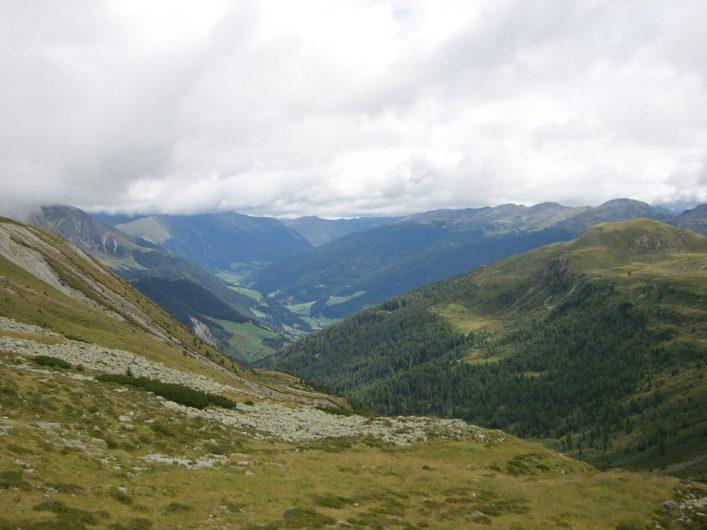 Blick ins Sarntal auf dem Weg zum Kratzbergersee
