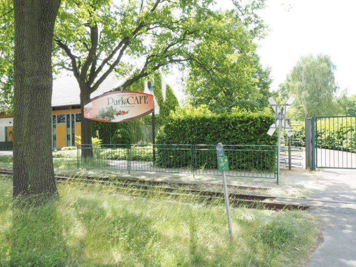 Blick auf das Parkcafé am Spreeauenpark in Cottbus