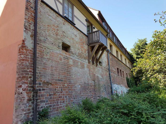 Blick auf die Rückseite der Jugendherberge in der Cottbuser Stadtmauer