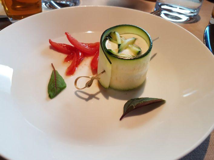 gefüllte Zucchinirolle als Vorspeise im Biohotel daberer im Gailtal