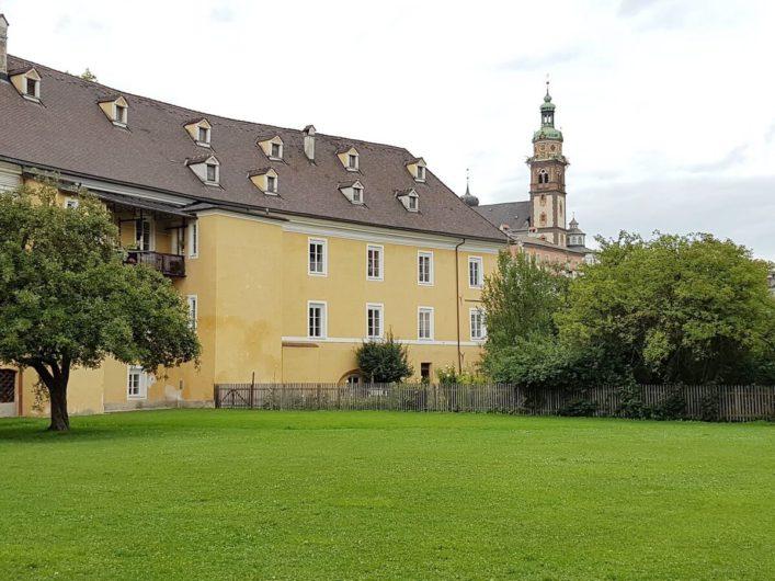 Blick auf die Burg Hasegg und Münze Hall