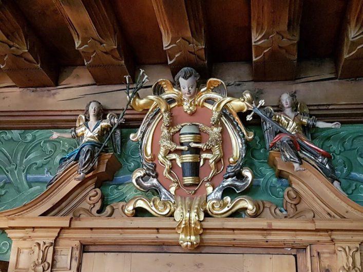 Stadtwappen von Hall im Ratssaal
