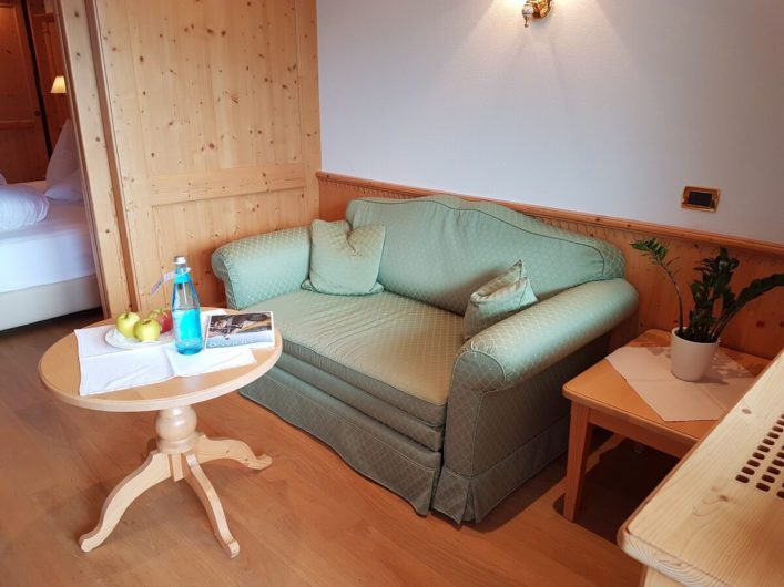 Wohnbereich in der Juniorsuite des Hotel Sonnbichl