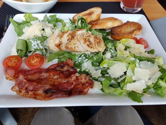 Caesars Salat im Restaurant Blixx in Bremen