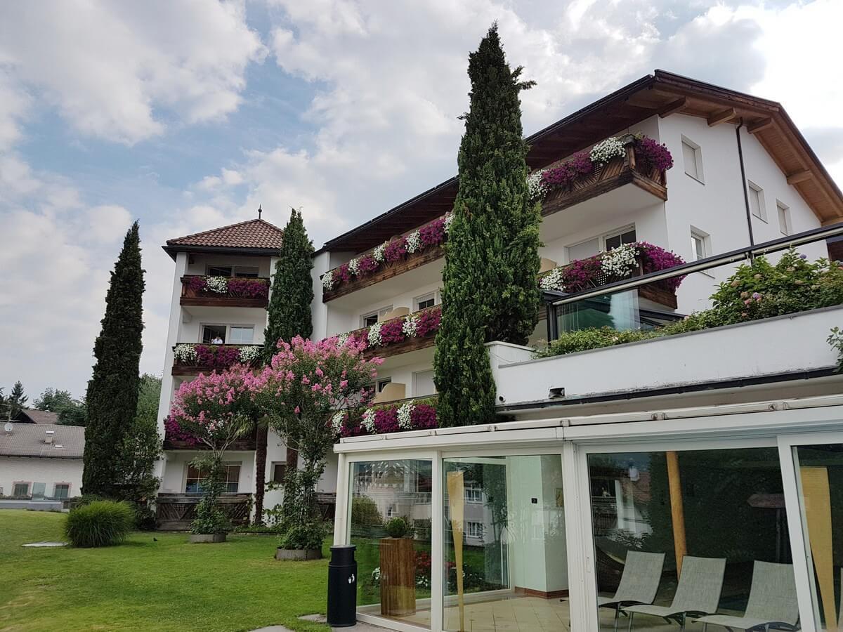 Hotel Sunnwies in Schenna im Meraner Land
