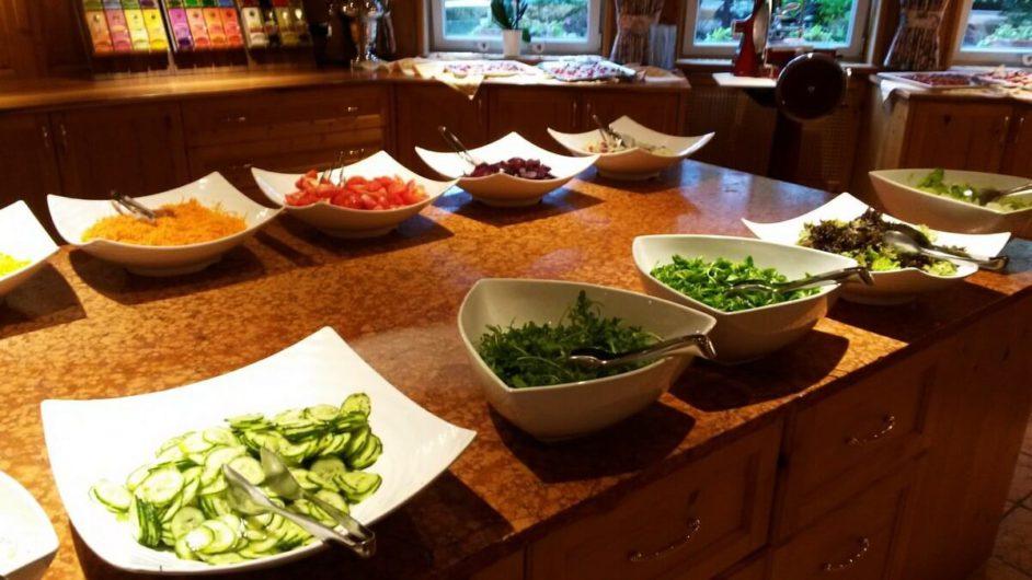 Salatbuffet im Hotel Sunnwies