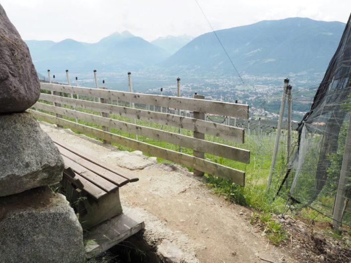 Aussicht auf Meran vom Schenner Waalweg