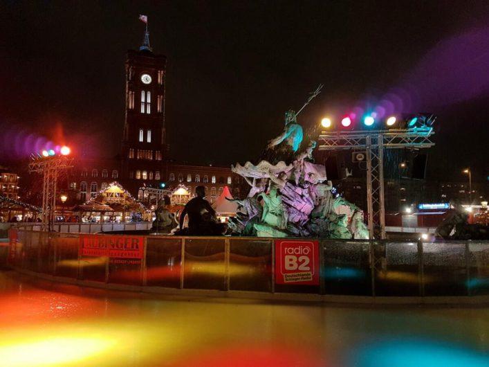 Eisbahn auf der Berliner Weihnachtszeit