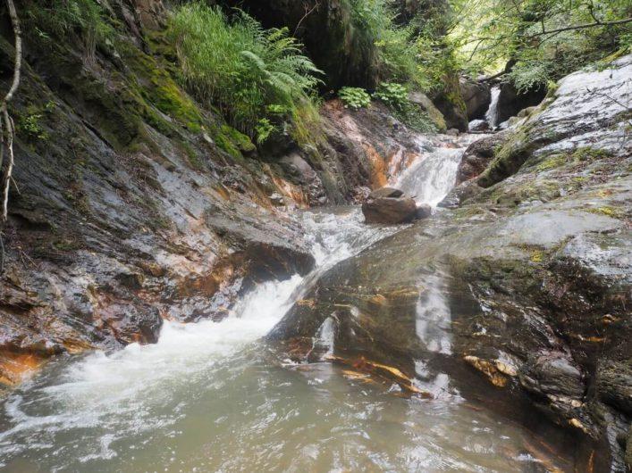 Flitzer Wasserfall oberhalb von Gufidaun