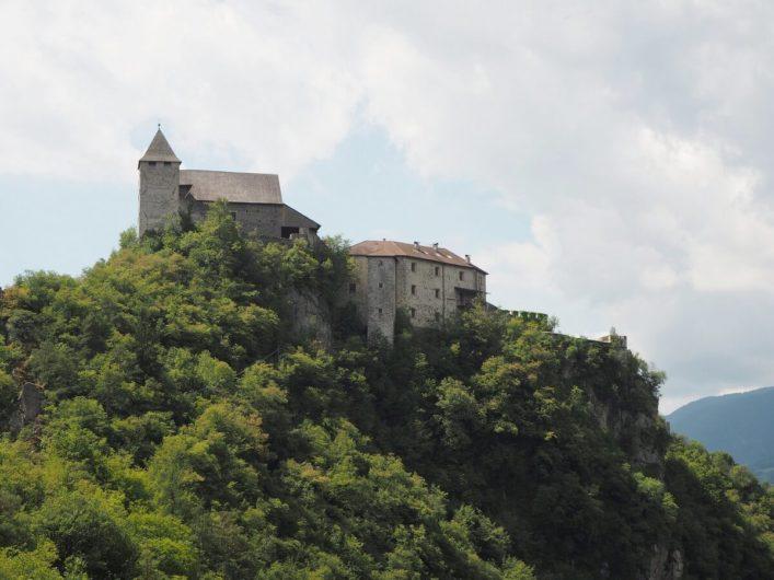 Kloster Säben auf dem Hügel über dem Eisack