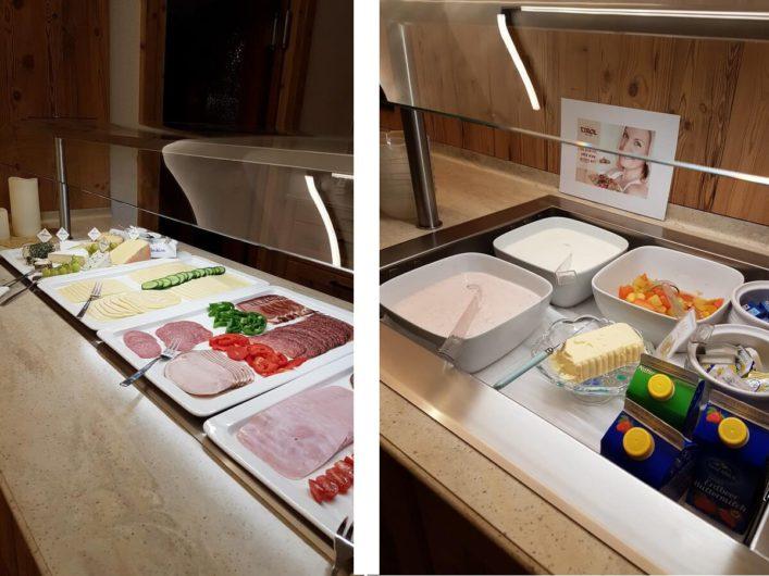 Wurst, Käse und Milchprodukte auf dem Frühstücksbuffet im Hotel Tirol