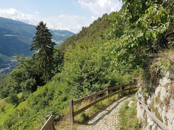 unterwegs auf dem Keschtnweg von Feldthurns nach Klausen