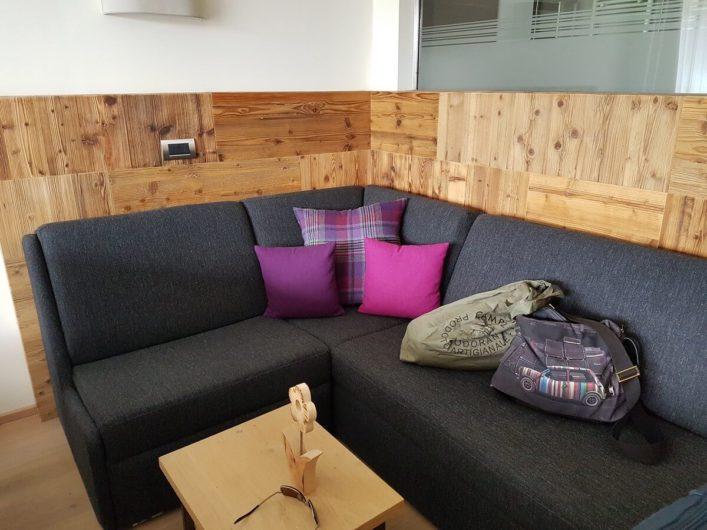 Sitzecker im Doppelzimmer Alpin des Gnollhofs
