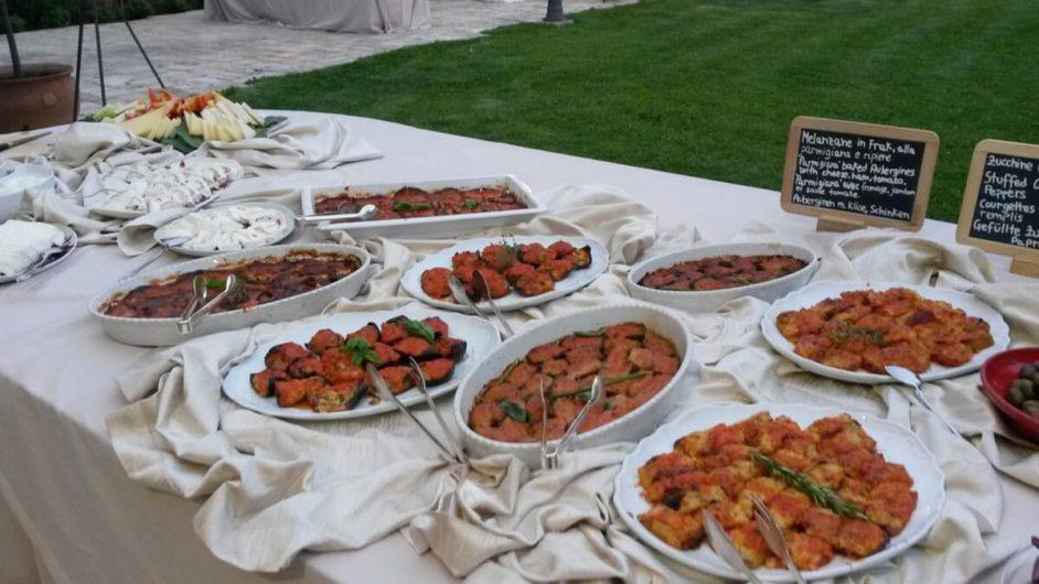 Antipasti-Buffet beim apulischen Abend