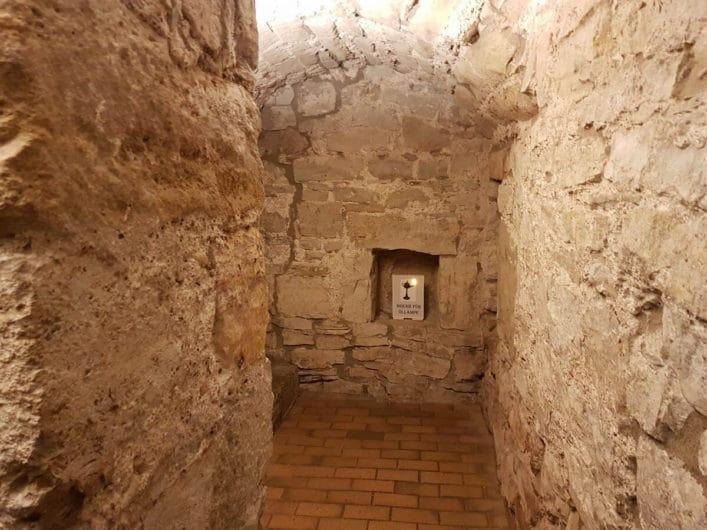 mittelalterlicher Keller im Haus der Stiftungen auf der Krämerbrücke