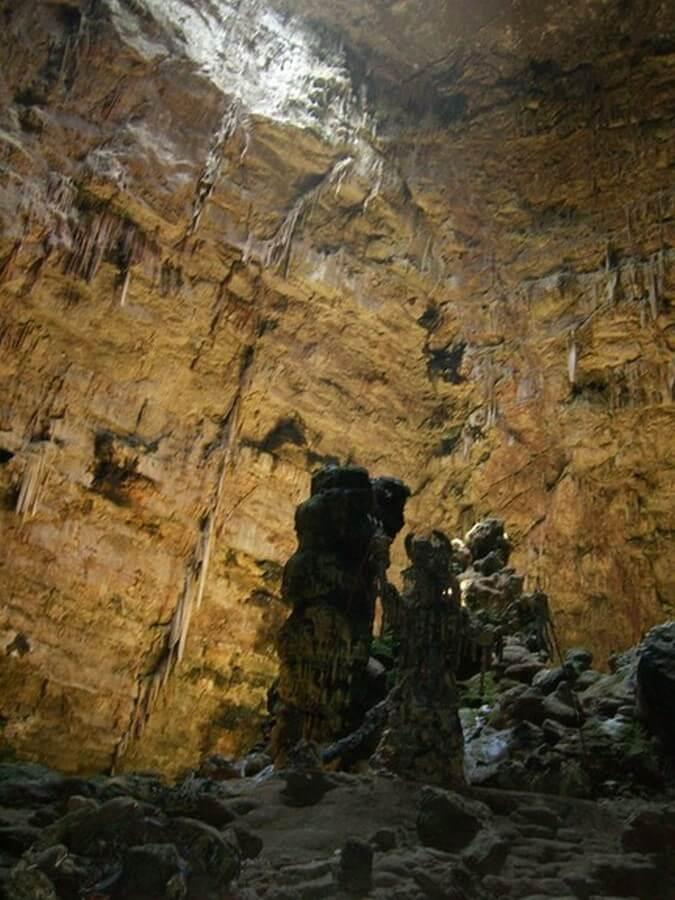 ein Bereich der Castellana Grotte von innen