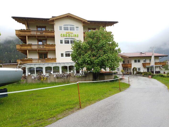 Blick auf das Hotel Liebes Caroline in Pertisau am Achensee