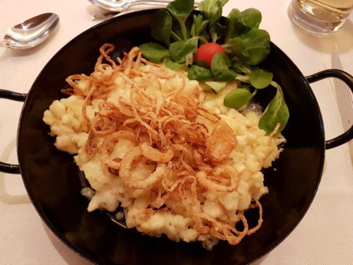 Käsespätzle als vegetarische Auswahl im Hotel Liebes Caroline
