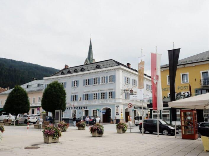 Blick über den Marktplatz von Radstadt