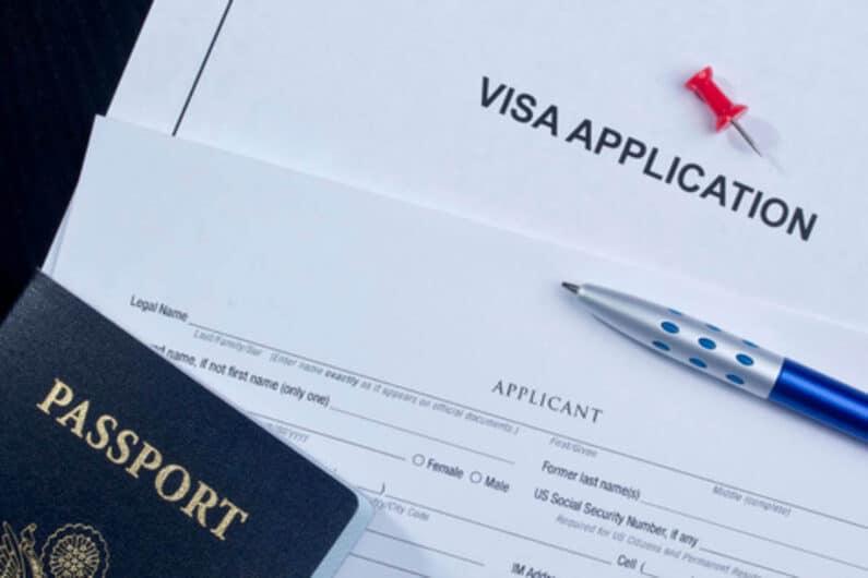 Antrag für ein Visum mit Pass